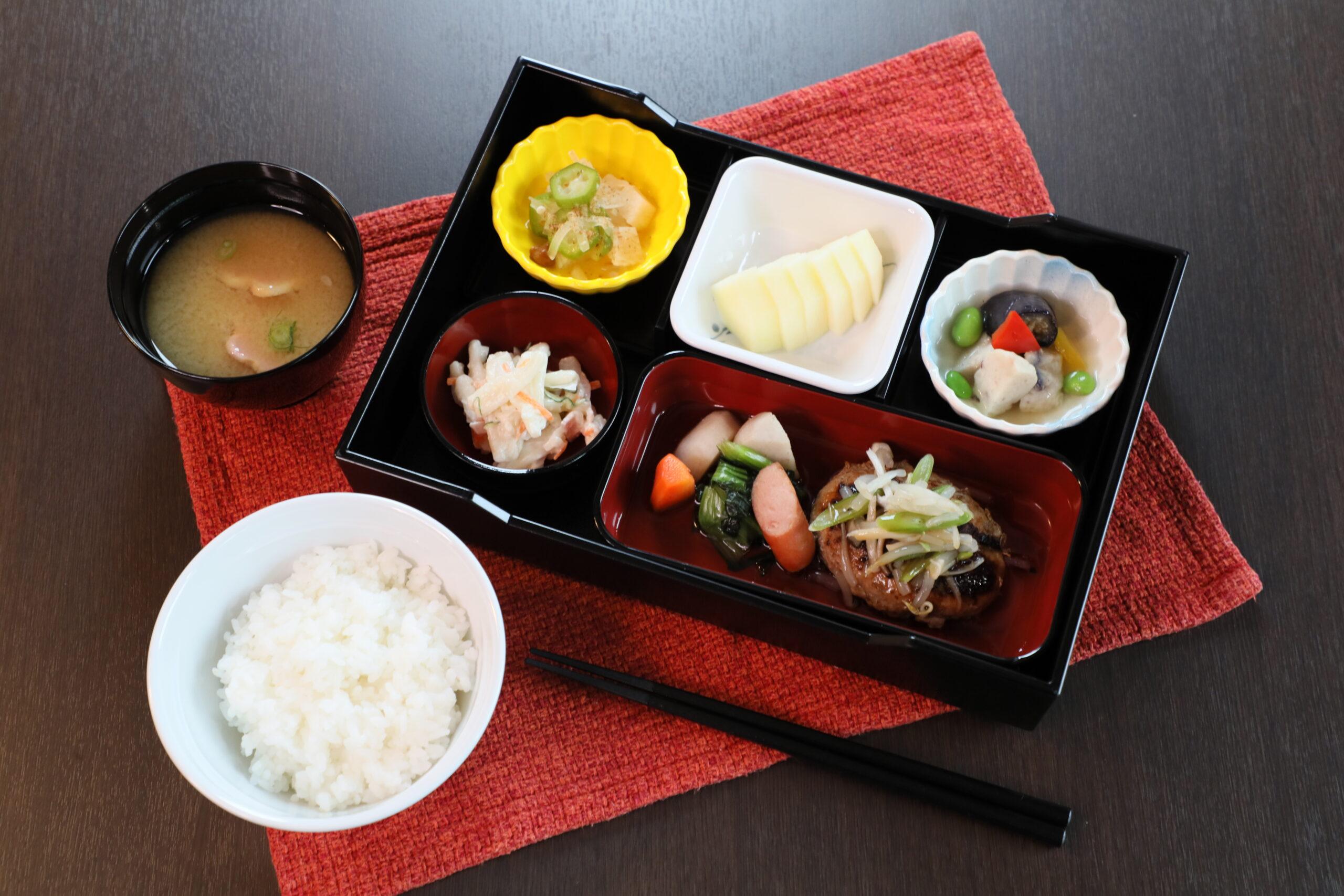 DSくれまちす 食事 (2)